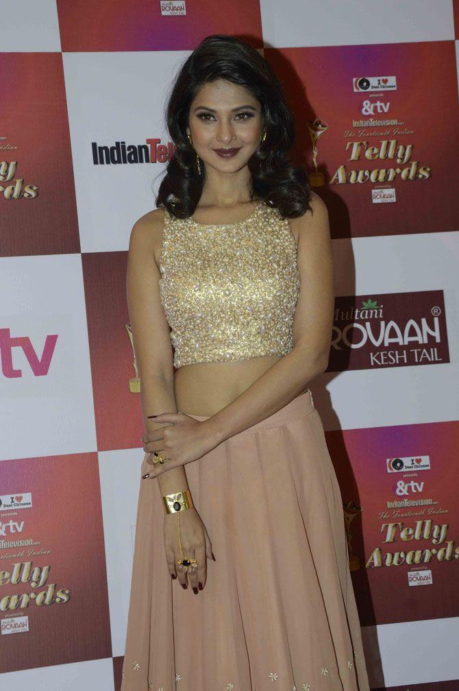 Jennifer Winget at the Indian Telly Awards 2015. #Bollywood #Fashion #Style #Beauty #Hot