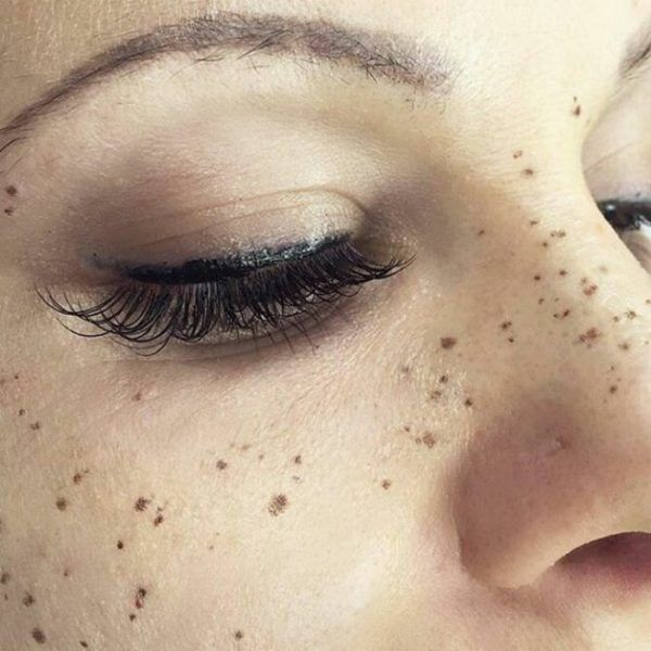 The Definitive Guide To Getting Freckle Tattoos | Revelist