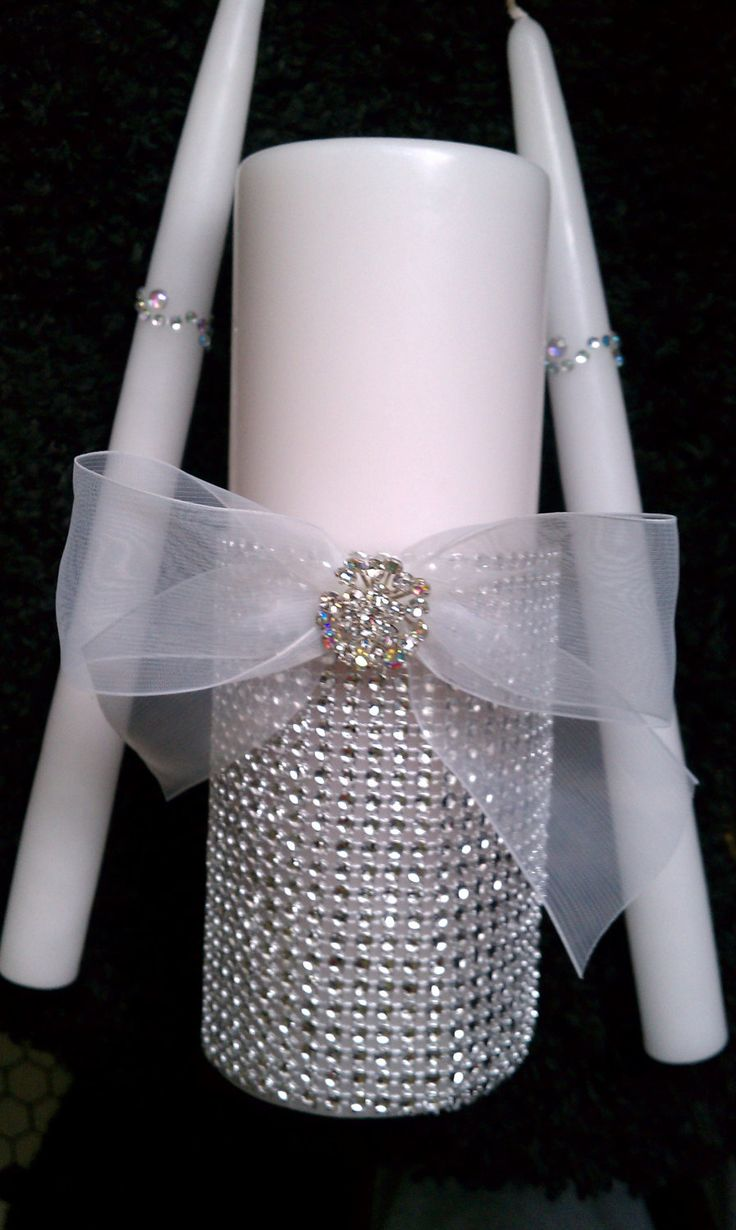 Rhinestone wedding candles Keywords: #weddings #jevelweddingplanning Follow Us: www.jevelweddingplanning.com  www.facebook.com/jevelweddingplanning/