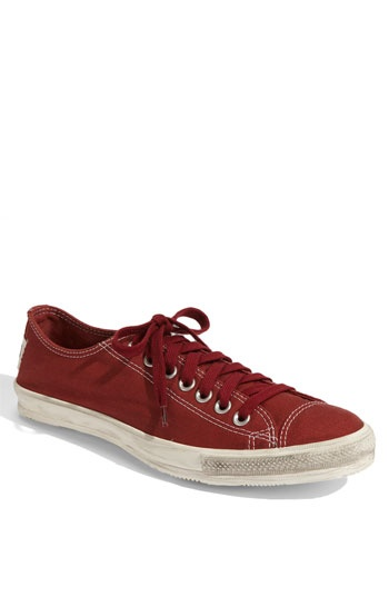 Oh, hello, Chuck Taylor 'Coast' shoe...you remind me of a #Superga! cc: @LindseyJay #Converse