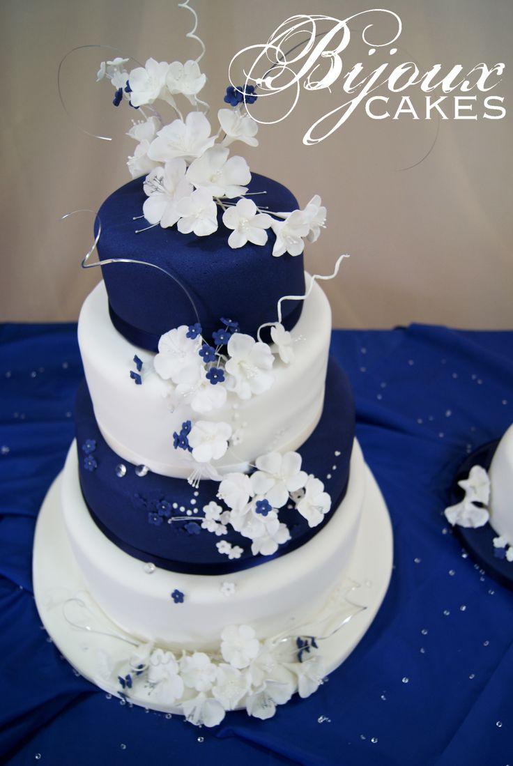 blue fondant icing