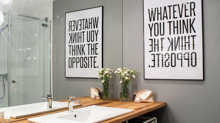 Modny trend: plakaty z cytatami jako pomysł na dekorację wnętrza - Homebook.pl