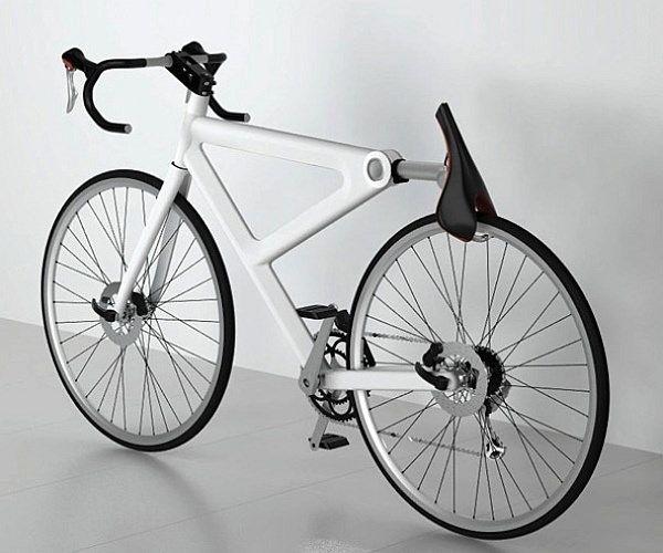 サドルを倒せばタイヤをロック ― 「Foolproof Bike Lock(絶対確実自転車ロック)」