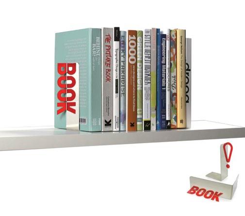 ¿Tienes un amigo que se rehúsa a dejar los libros? Entonces sorpréndelo con Reflective Bookend, los apoya libro hechos de metal. Diseñados por Peleg Design. Miden 16.5 x 16 x 6.5 cm. $26500