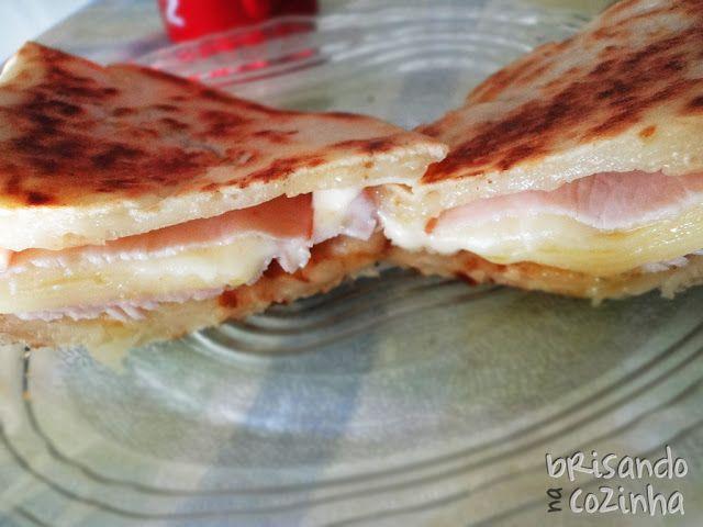 Brisando na Cozinha: Panini de peito de peru e queijo