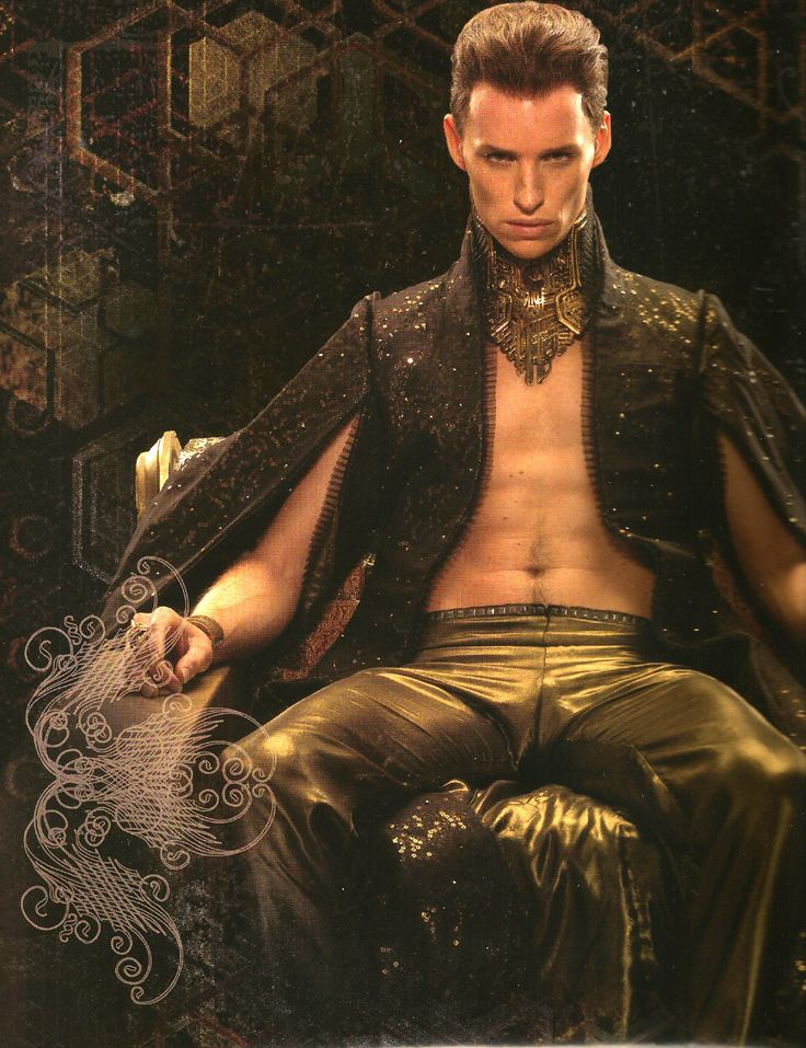 drldeboer:Eddie Redmayne as Balem Abrasax in JUPITER ASCENDING (2015)These are scans from the calendar. One page, but I had to make 2 scans because it's too narrow & I wanted to get the whole thing. BOOM gorgeous :D I thought this photo was among the high-res ones released but I haven't found it!http://www.amazon.com/dp/B00O6KZSNE/ref=sr_ph?ie=UTF8&qid=1424964463&sr=1&keywords=jupiter+ascending