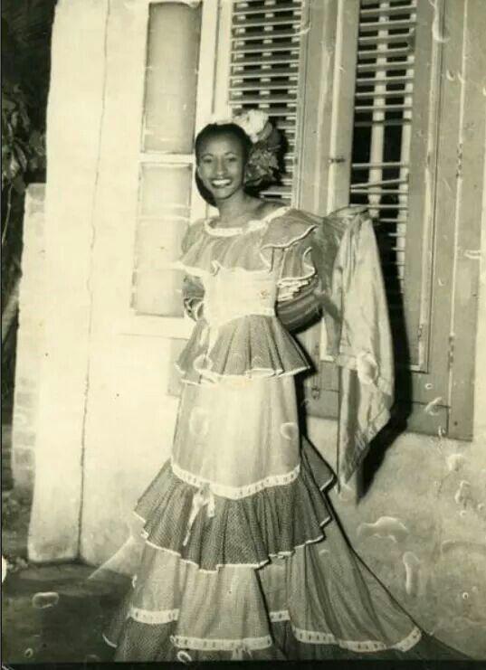 Vintage Cuba/ La Habana, 1956/ Celia Cruz. ❤ #Azucar