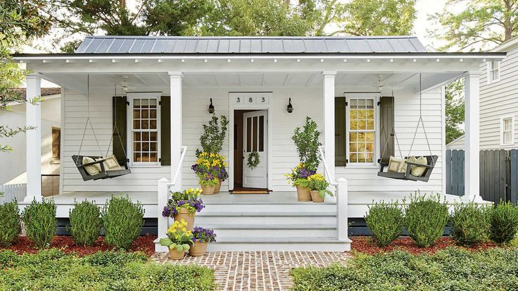 """Living in a tiny house doesn't mean you have to give-up style. Photographer Josh Gibson and his interior designer wife, Michelle Prentice, weren't looking to downsize when the small outbuilding behind their home came on the market in Beaufort, South Carolina. Beaufort's historic preservation laws prevent historic structures from being torn down, so they decided to purchase the property. """"It became clear that we should restore it to use as a guesthouse and Airbnb rental,"""" says Prentic..."""