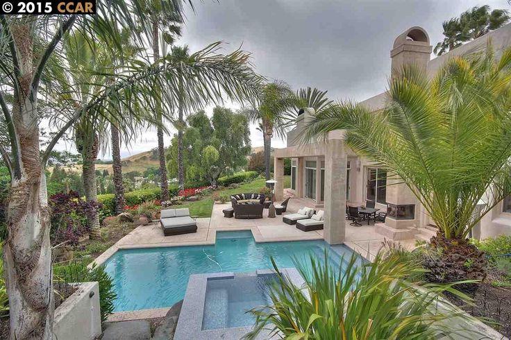 Estate in the Blackhawk Hills of Danville, CA