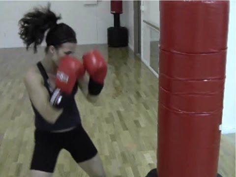 BURN FAT FAST WITH THIS BOXING ROUTINE! HEAVY BAG CIRCUIT AND WEIGHT LOSS WORKOUT - YouTube