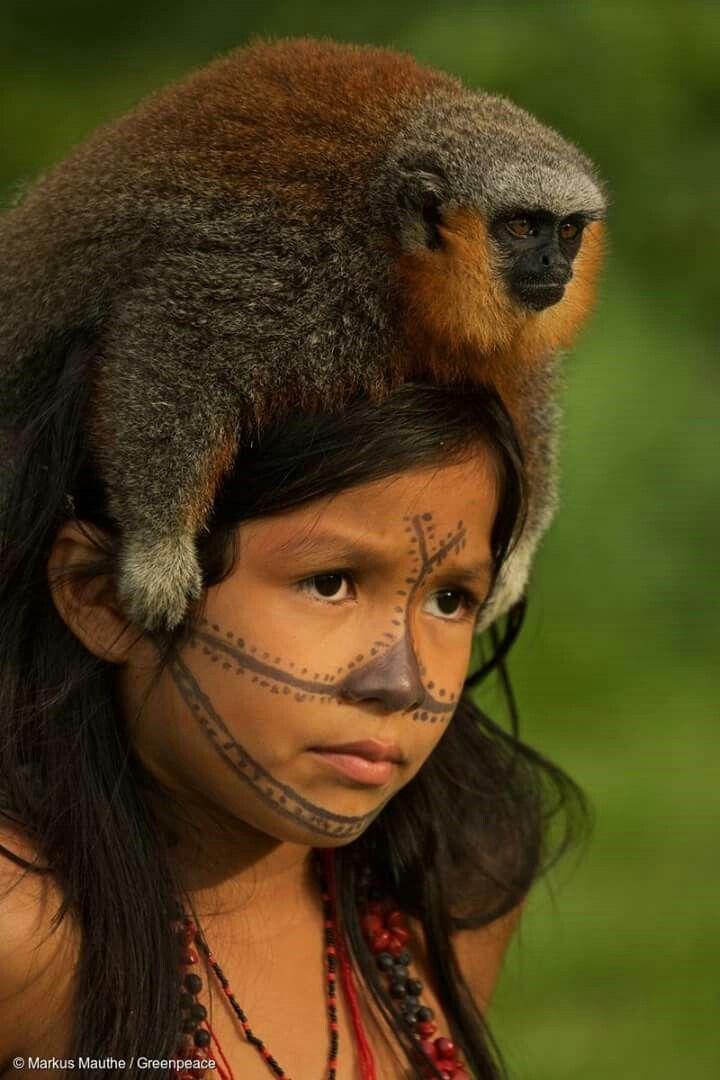 Munduruku-Kind ( © Markus Mauthe / Greenpeace ) | It's a ...