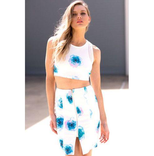 Ladies Paint It Red Morning Petal Sleeveless Crop Top Mini Skirt Set RRP $109.95