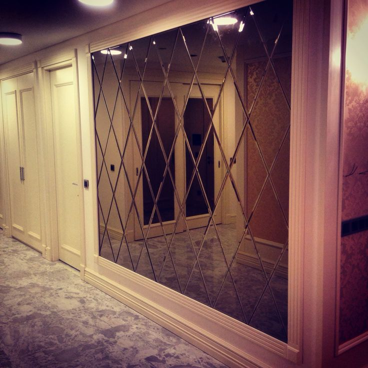 Mirror wallcovering