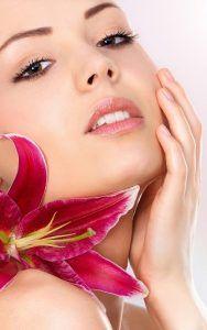 Cómo quitarte el maquillaje con productos ecológicos y caseros. http://blog.productosecologicossinintermediarios.es/2016/07/quitarte-maquillaje-productos-ecologicos-caseros/