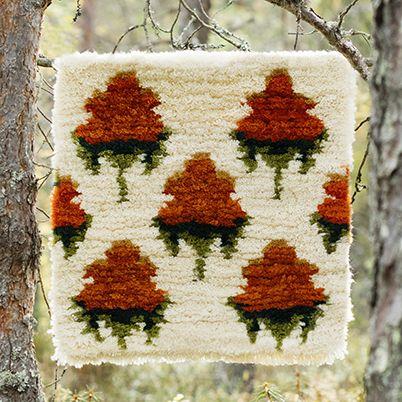 Free Pattern: Cloudberries Rya Rug