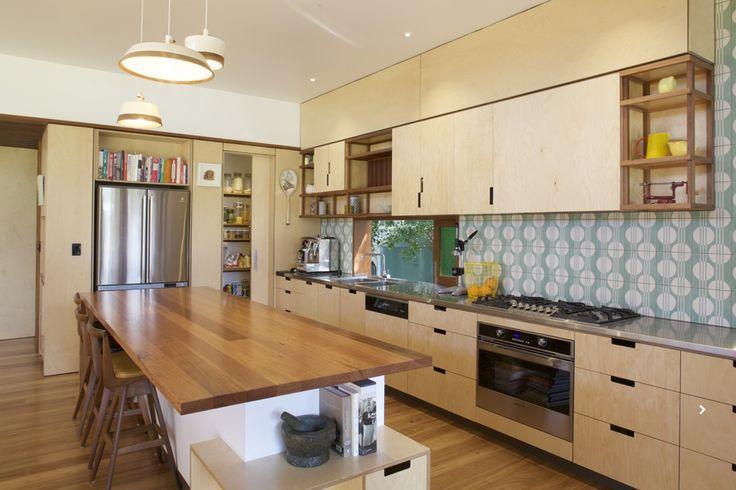 www.arcke.com.au. Bardon Garden House. Kitchen. #arcke #brisbanearchitect #contemporaryarchitecture #plywood