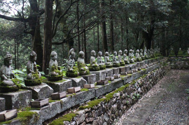 神社、たしか福井あたりの
