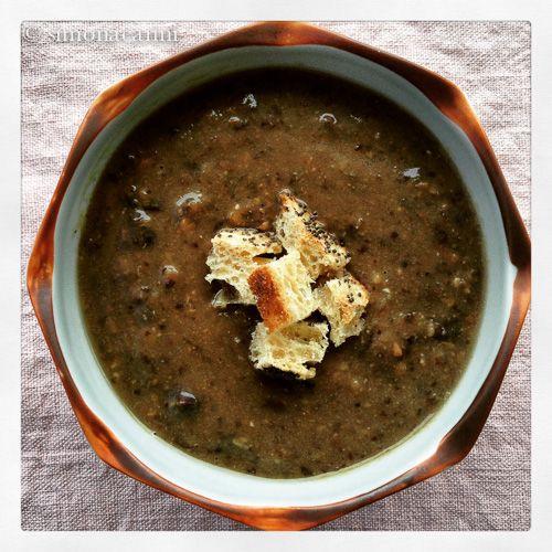 zuppa di ceci neri / black chickpea soup