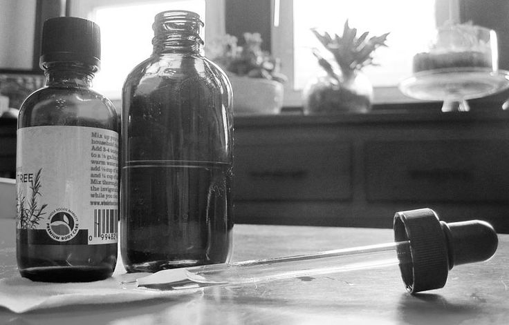 Ditch harsh chemicals, acne washes, scrubs and creams. They could be making it worse. Turn to these five natural essential oils to treat acne.