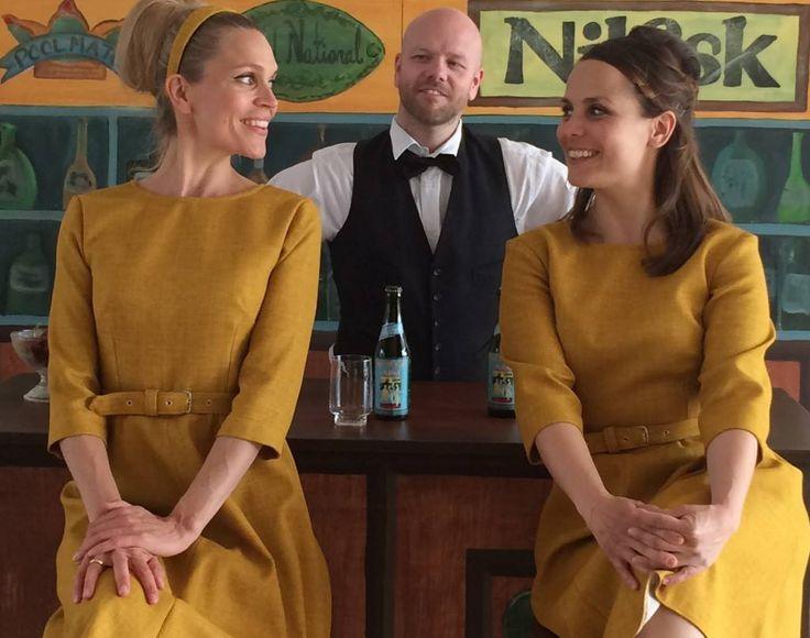 Lækre kjoler fra forestillingen Når alt går i Nilfisk på Teater V.