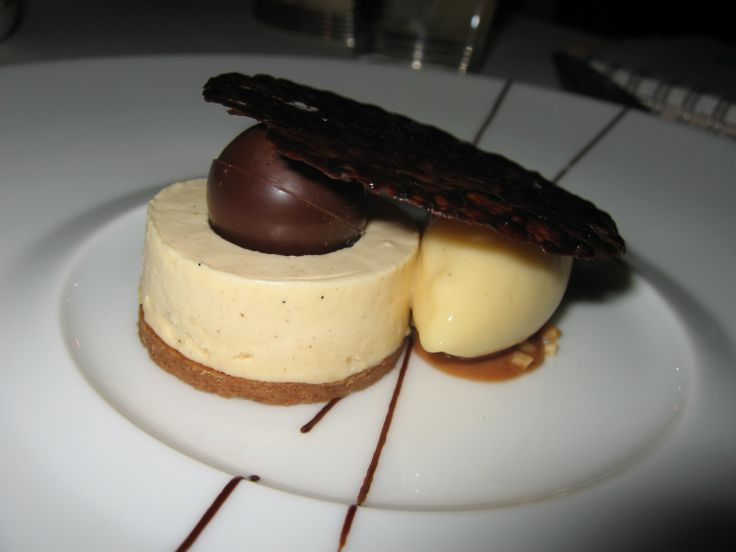 "Crunchy feuilletine, Maralumi milk chocolate ""whip"" & Gros Michel banana sorbet"