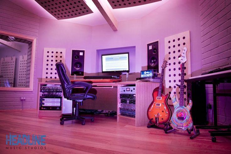 Headline Music Studio  has installed LED lighting into its newly built studio based in Harston, Cambridge United Kingdom.
