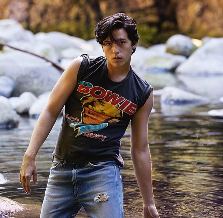 """riverdale guys We knew going in that the cw's riverdale would be a bit more """"adult"""" that the archie comics its based on and with greg berlanti behind it, we knew there'd be some gay spice, too when the show started, gay teen kevin keller (casey cott) was secretly hooking up with closeted football star ."""