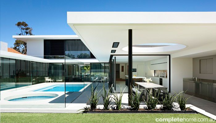 Grand Designs Australia: Brighton 60's house completed in 2011