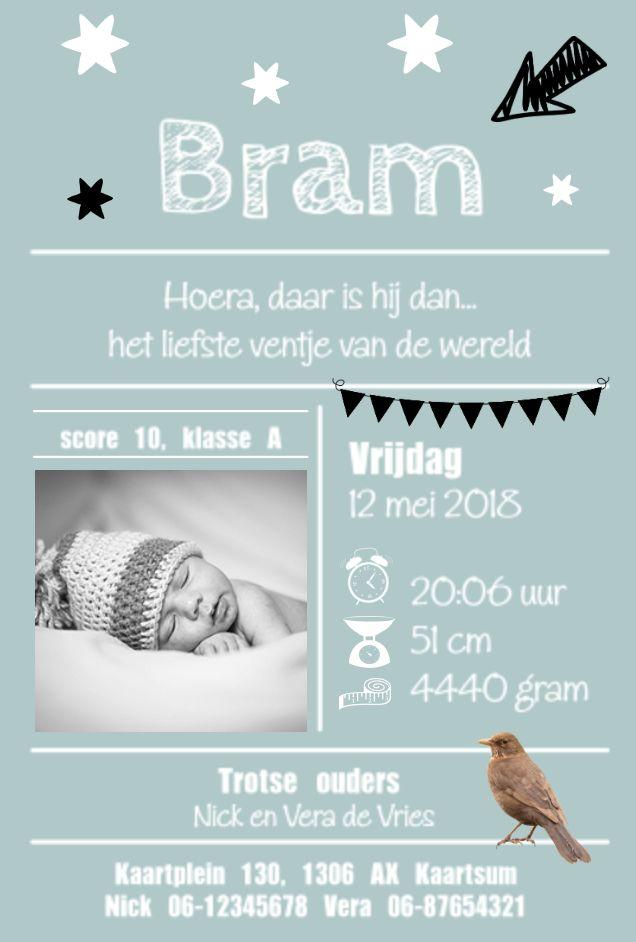 lovz | Hip en speels blauw/groen enkel geboortekaartje voor een jongen met lijntjes, foto, vogeltje, slinger, sterren en slinger.