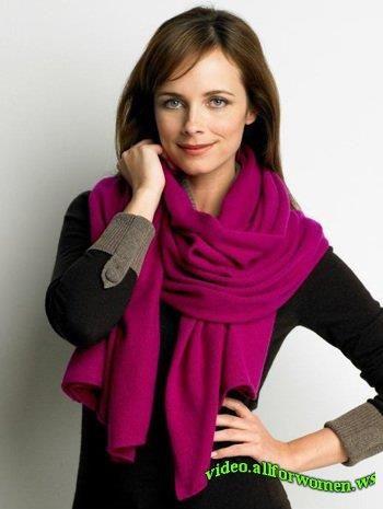 Как завязывать шарф на пальто женщине