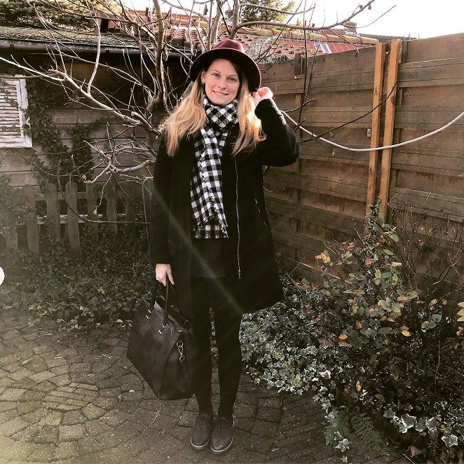 De bordeaux rode hoed #winterfashion #winteroutfits #fashionbloggers