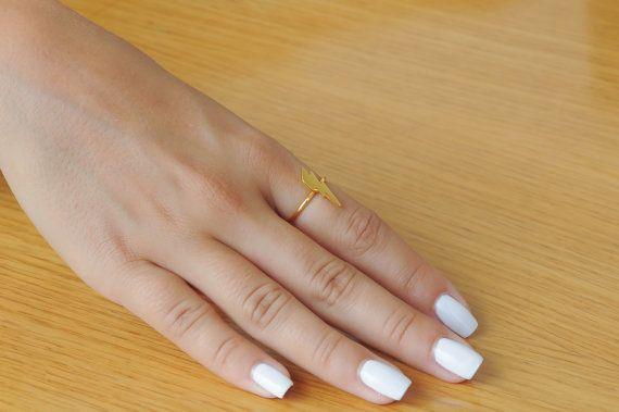 Lightning bolt ring Silver thunder ring 925 sterling silver Minimalist Length 17mm