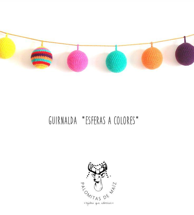 Guirnalda crochet Esferas rellenas, $320 en https://ofelia.com.ar