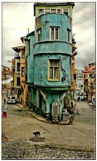 Láttad már Törökország utazás weboldalunkat? Hasznos infók, városleírások és látnivalók: http://www.torokorszag.info.hu/