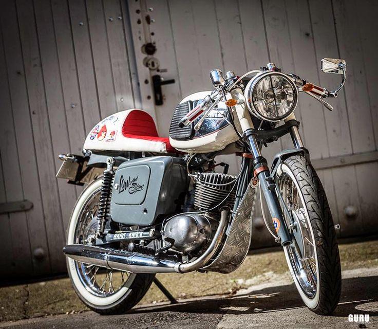 MZ TS 125 Cafe. Werkshalle Motorcycles. Via Ottonero Café Racer.