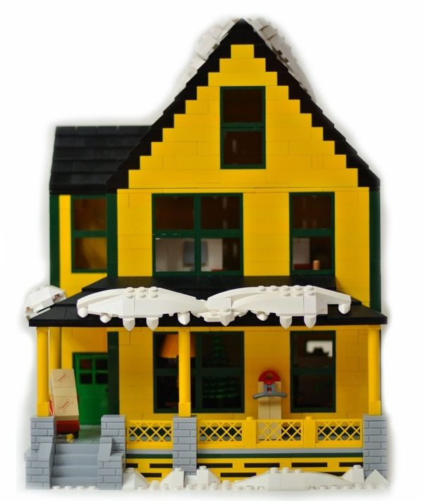 LEGO Home From 'A Christmas Story' Comes With A Working Leg Lamp
