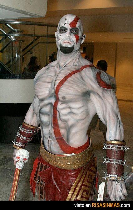 Cosplay: Kratos.