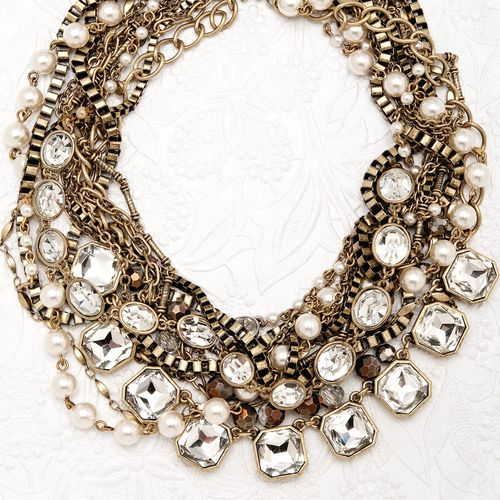 torsade necklace -- perfect statement bridal jewelry for a vintage wedding. #chloeandisabel