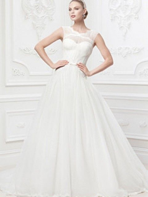 David's Bridal Truly Zac Posen, Lace and Tulle Ballgown with Illusion Neckline Size 2 Wedding Dress – OnceWed.com