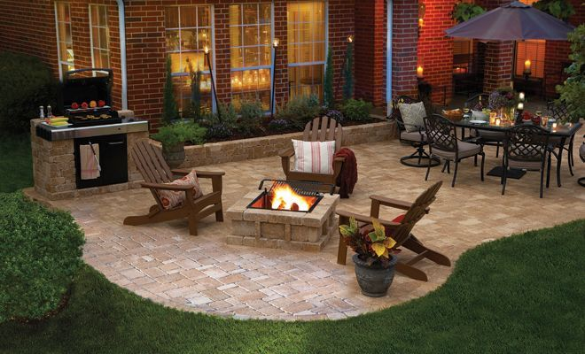 Best 25 small backyard patio ideas on pinterest for Fireplace on raised deck