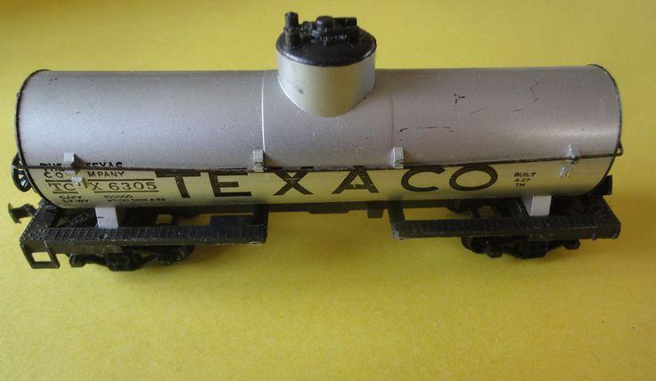 Vintage Life-Like HO Scale Texaco Oil Tanker Car No. TC X 6305 c/w Box  #LifeLikeProducts
