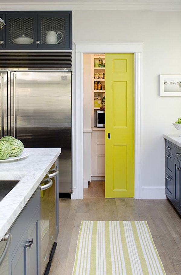 Neutral kitchen with a pop of color