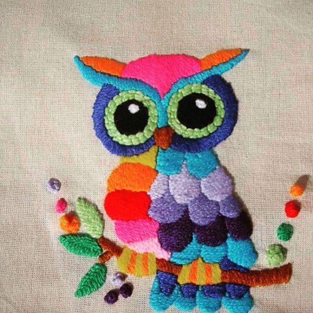 Kit Bordado Mexicano. Animate a bordar tu almohadón. Llevate tu valijita con todo lo necesario para bordar. #lana #lechuza #kit #colores #bordadomexicano #almohadones ☺☺❤CLIKEANDO MI NOMBRE VES EL LINK PARA COMPRAR. NO TE LO PIERDAS!!!!!
