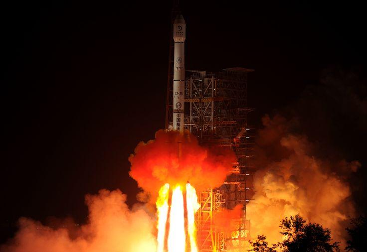 La sonde spatiale chinoise Chang'e-3 a réalisé le premier alunissage en douceur réussi depuis la mission soviétique Luna 24, en août 1976.