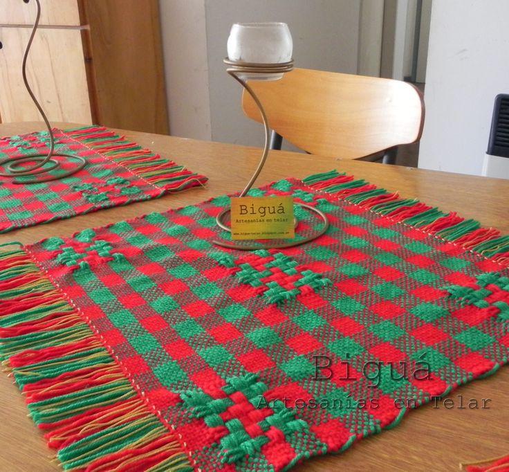 Carpeta de mesa navideña. Telar