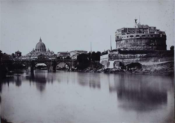 1858 circa Cuccioni Tommaso (attr.) vista dal Tevere all' altezza di ponte S. Angelo con S. Pietro sullo sfondo e Castel S. Angelo in primo piano