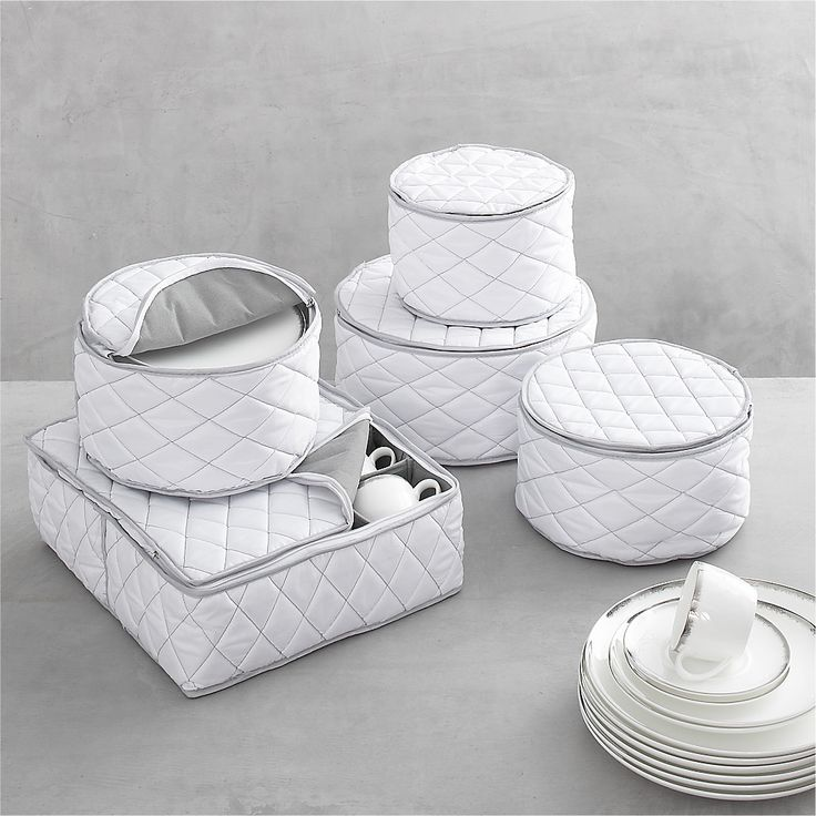 dinnerware storage set