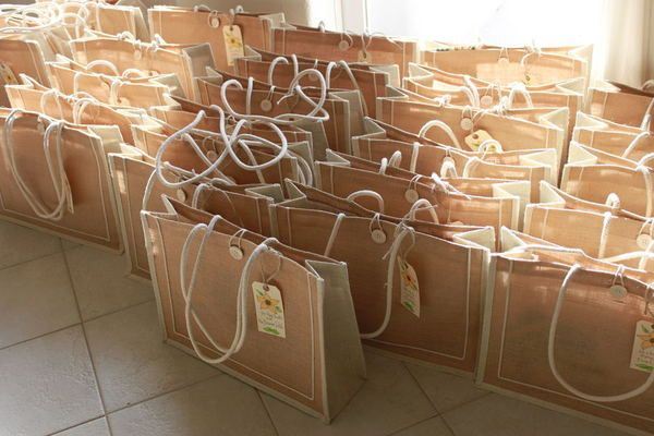 guest gift bags.