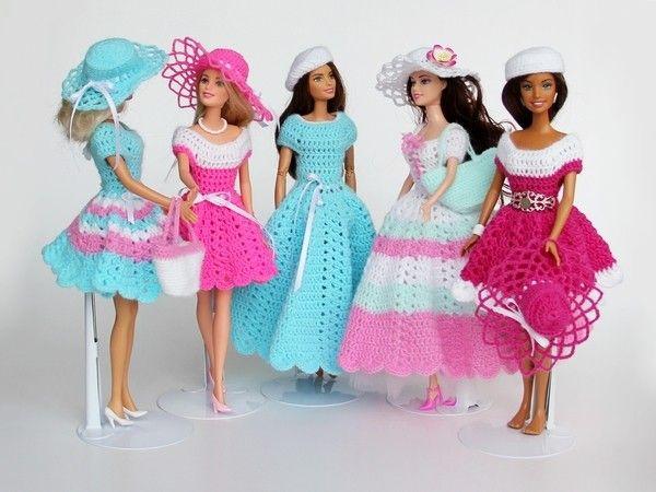 """Schöne Puppenkleidung einfach selber häkeln!  Mit der Kleider-Serie """"Swing""""…"""