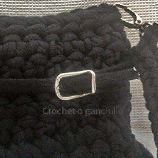 Detalle de bolso de trapillo by Crochet o ganchillo